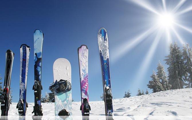 Да се предпазим от травми, качвайки се на ските